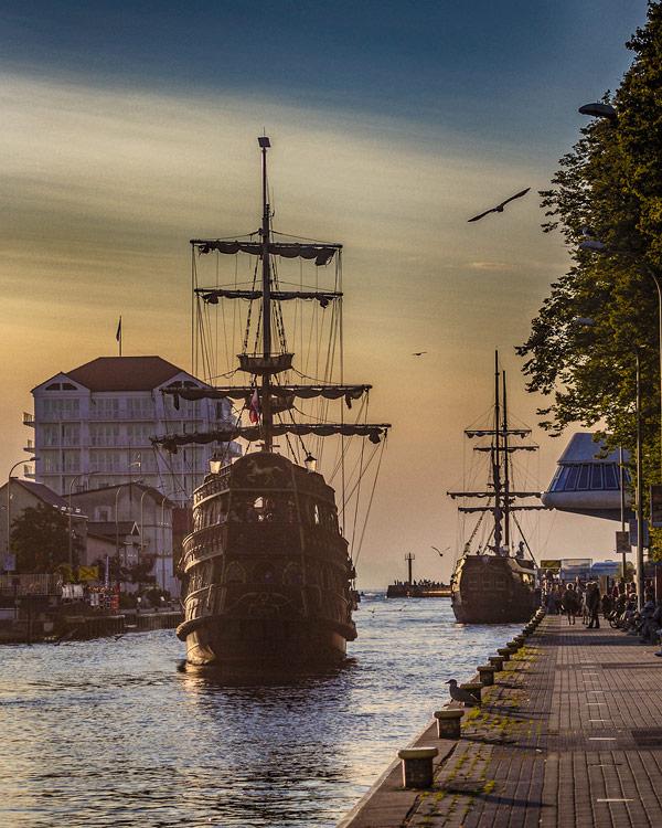 Darłówko port