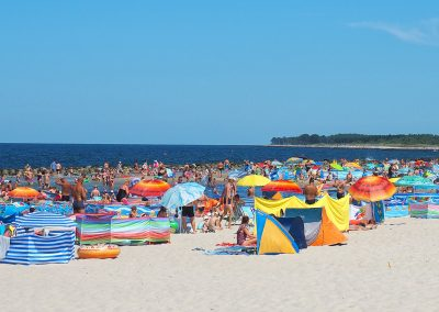 Plaża w Darłówku w sezonie letnim