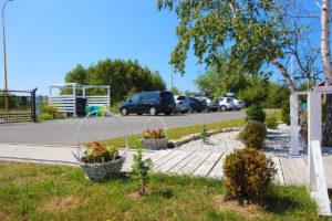 miejsca parkingowe dla Gości domków